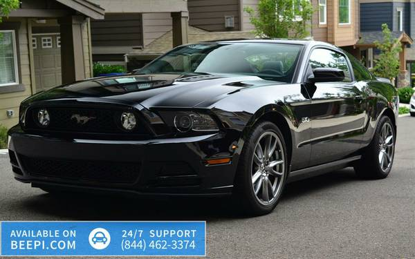 2013 Ford Mustang 2dr Coupe - 15k miles