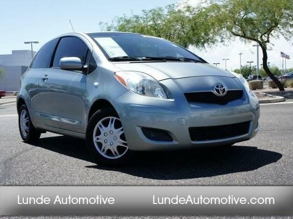 2011 *Toyota Yaris* (Gray)