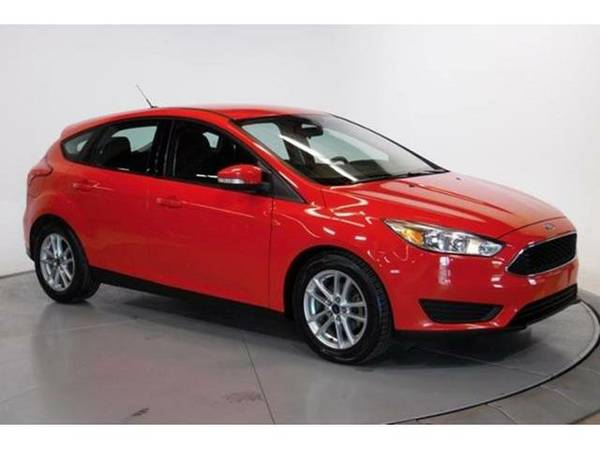 2015 *Ford Focus* 5dr HB (Race Red)