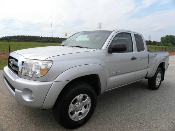 2007 Toyota Tacoma PreRunner Ext Cab * New Tires, Guaranteed Approval!