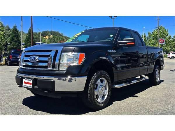 2010 *Ford F150 SUPER CAB* XLT PICKUP 4D 6 1/2 FT - Black