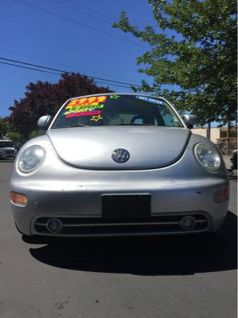 1999 VW New Beetle- GREAT MPG, FUN SPORTY 2 DOOR 5 SPEED!! AFFORDABLE!
