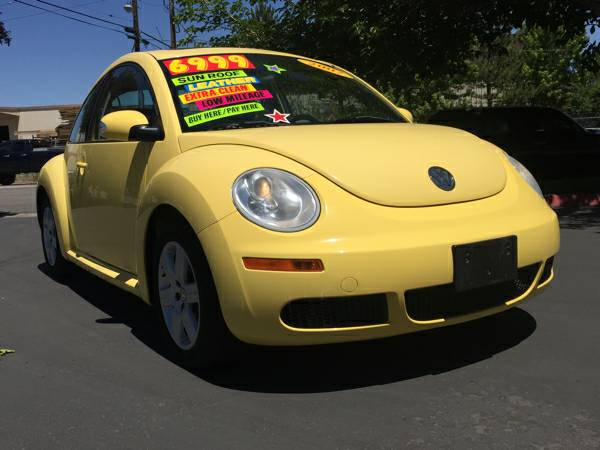 2007 VW New Beetle- SUPER CLEAN, LOW MILEAGE, SUNROOF & MORE!!!