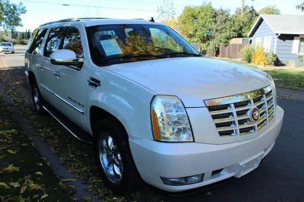 2007 *Cadillac* *Escalade* *ESV* Base **2 car lots - 100's of...