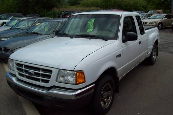 ***2001 Ford Ranger Ext Cab 2WD Pickup- White***