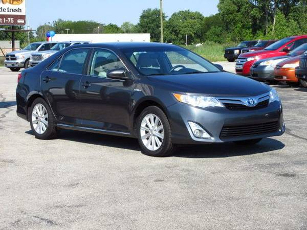 2013 Toyota Camry Hybrid 66 Priced to SELL!!!