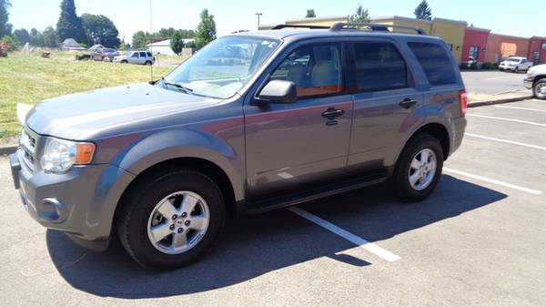 _____!!!! 2009 Ford Escape XLT FWD I4 !!!!_____ Financing Available