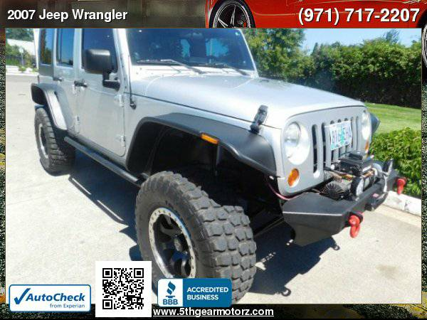 2007 Jeep Wrangler Unlimited Sahara *Lifted! Winch! 113K!* CALL
