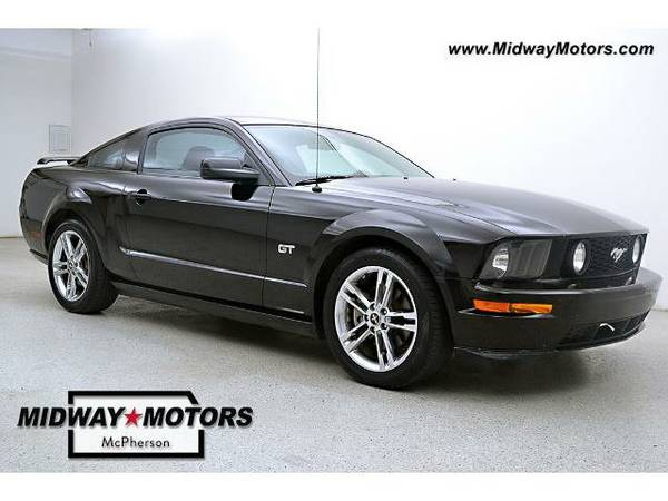 2007 *Ford Mustang* GT - (Black) 8 Cyl.