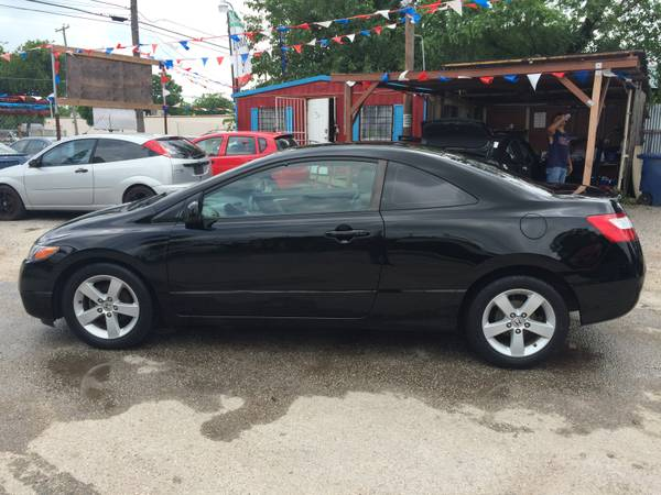 08 Honda Civic lx Coupe 5speed 122k miles