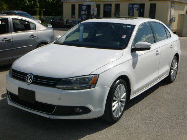 2011 Volkswagen Jetta Sedan 4dr Auto SEL w/Sunroof call OR TEXT
