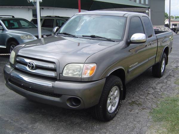 2006 Toyota Tundra Access Cab SR5 with only 111k miles