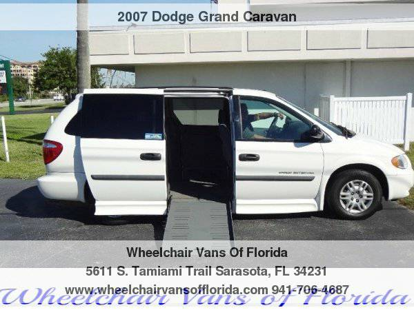 Handicap vans fl used wheelchair van for sale florida for Wheelchair accessible homes for sale in florida
