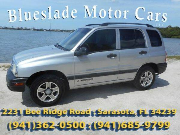 2003 *Chevrolet* *Tracker* Base Rwd 4dr SUV