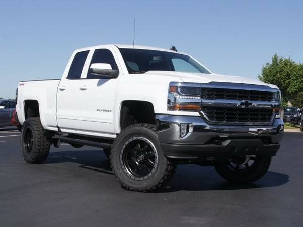 2016 *CUSTOM* SILVERADO LT 4X4 ***OVER $10,000 OFF***!!!