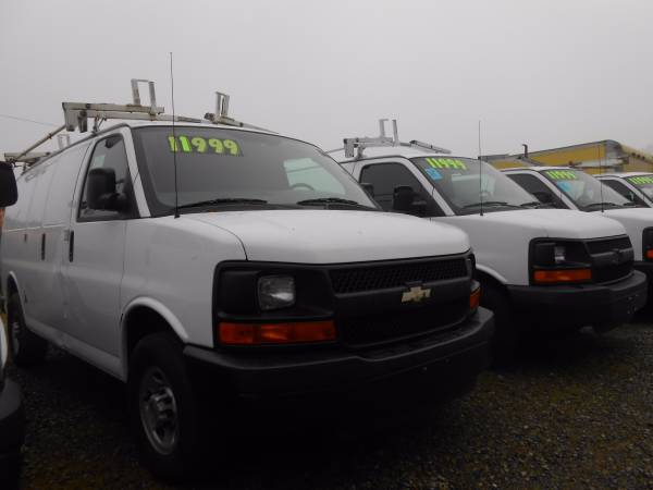 2008 Chevy Express Cargo Van G2500 w/ Cruise Control and Power Windows