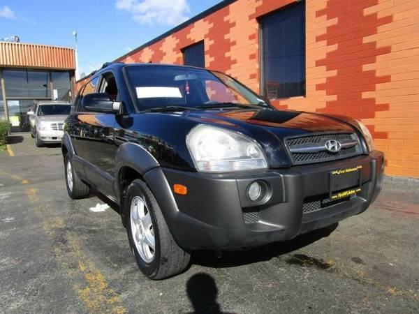 2005 *Hyundai* *Tucson* *GLS* Sport Utility