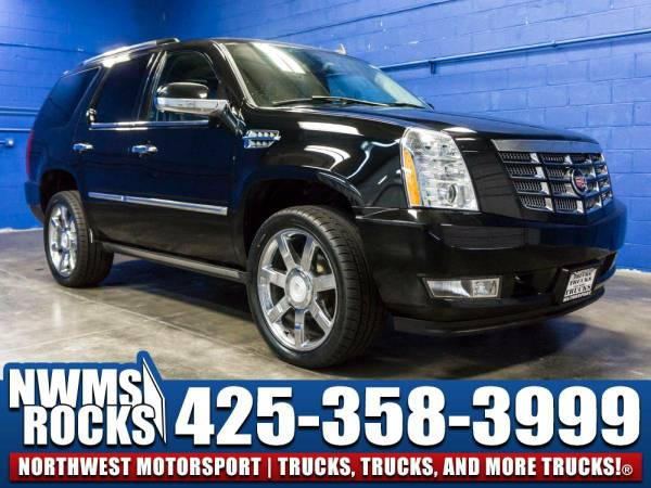 2007 *Cadillac Escalade* Luxury AWD - Leather 3rd Row Seats! 2007...