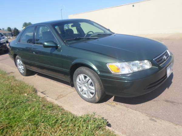 01 toyota camry le 126k new engine