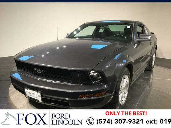 2007 *Ford Mustang* 2DR CPE - (GRAY) Hablamos espanol