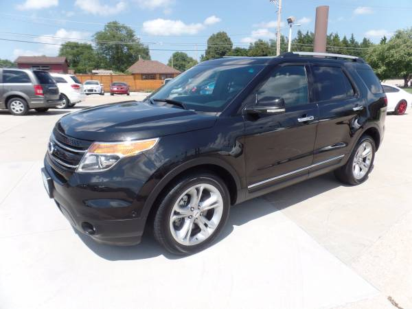 2014 Ford Explorer Limited 4x4 * Navigation! Back up Cam! 39k miles!