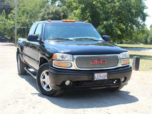 2002 GMC SIERRA 1500 DENALI *** AWD 4DR EXTENDED CAB SB *** EASY FINAN