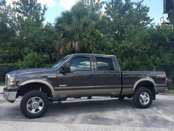 2005 *Ford* *F-250* *SD* XLT Crew Cab Long Bed 4WD -$1500 to $2500...