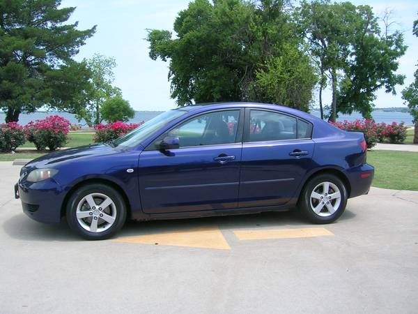 2004 Mazda 3 Very Reliable & Clean 33 mpg