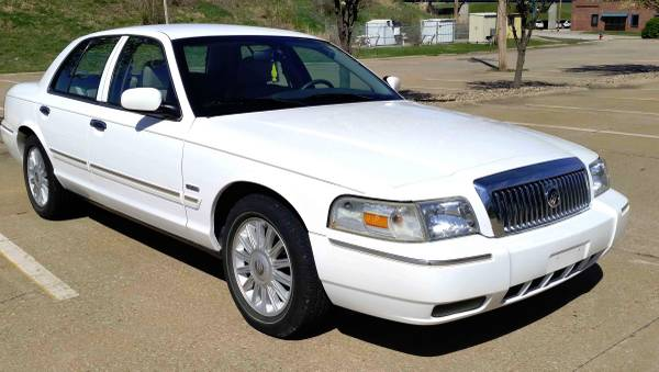 2010 Mercury Grand Marquis Ultimate Edition - Leather & More