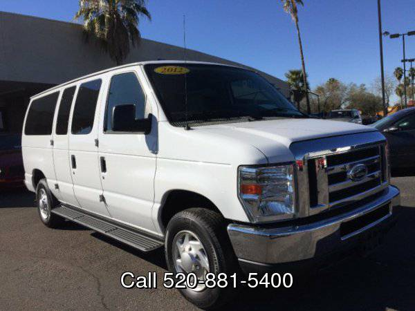 2012 Ford Econoline Wagon E-150 XL // LOW MILES // CLEAN 1 OWNER...