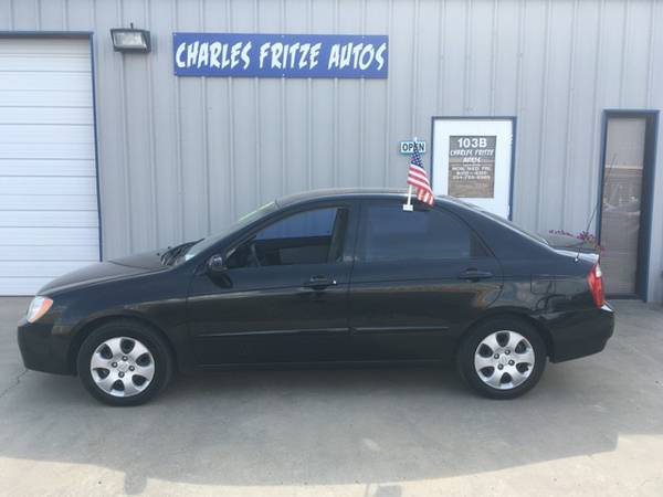 2 Owner 2006 Kia Spectra LX / 5-Speed / 118K Miles / Clean CarFax