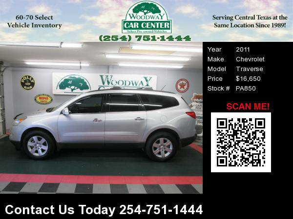 2011 Chevrolet Traverse LT AWD, w/ 3rd Row seating