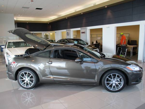 2012 MITSUBISHI ECLIPSE SPORT COUPE / GT / V-6 / SUNROOF /18,000 MILES