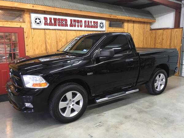 * LOCAL DEALER * 2012 RAM ST * HEMI * 48K * LIKE NEW * WARRANTY *