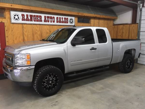 LOCAL DEALER * 2013 CHEVY SILVERADO * 3 LIFT * WARRANTY * LIKE NEW *