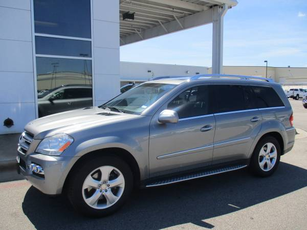 2010 MERCEDES GL 450 SUV / SUNROOF / LEATHER / THIRD ROW SEAT !!!!!!!!
