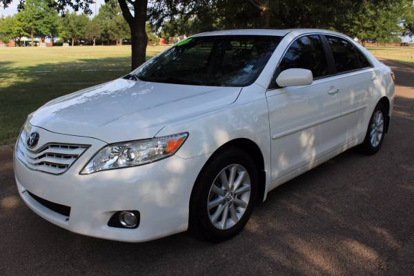 2010 TOYOTA CAMRY XLE! LOADED! LEATHER! V6!
