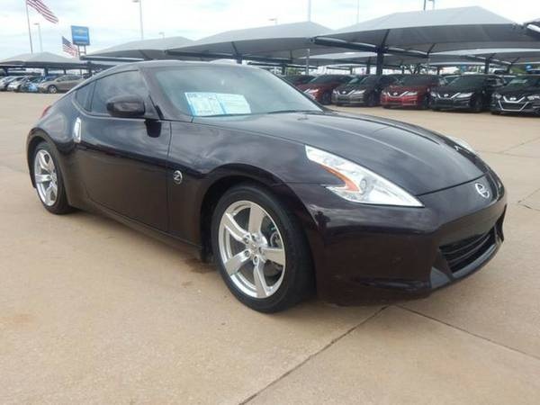 2010 Nissan 370Z Touring! Leather loaded! Clean carfax 1-Owner!
