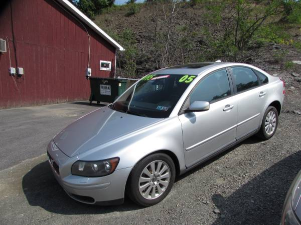 SALE!!2005 VOLVO S40 ONLY 98K (ALL CREDIT OK)