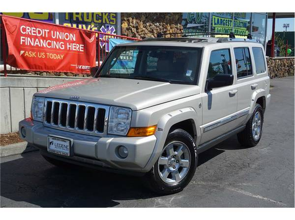 2007 Jeep Commander SUV Limited Sport Utility 4D