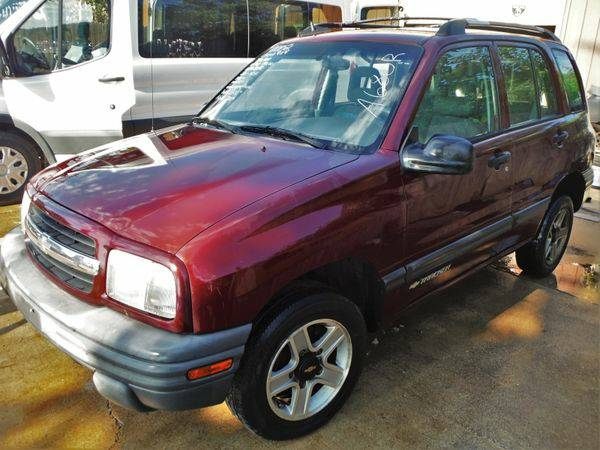 2002 *CHEVROLET* *TRACKER* RWD - Trade-Ins Welcome!