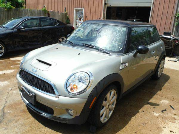 2007 *MINI* *COOPER* FWD - Trade-Ins Welcome!