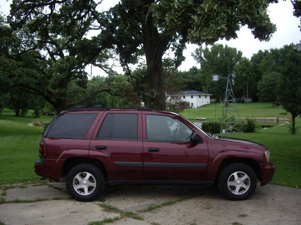 $7000--05 TRAILBLAZER LS 4X4--93,XXX MILES/1 OWNER/NONE NICER/WARRANTY