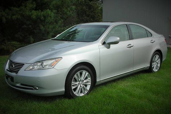 2007 Lexus ES 350- Premium Plus Pkg- Heated Seats, Leather, Sunroof