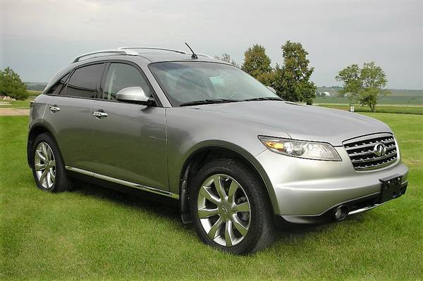 2007 Infiniti FX35 AWD - Low miles, Touring & Sport packages + more!