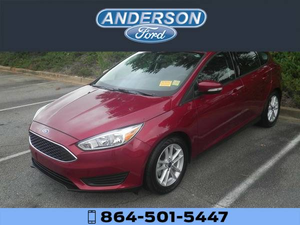 *2016* *Ford Focus SE* *Red*