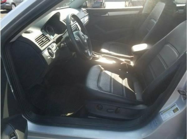 2013 Volkswagen Passat 2.5L SE Sedan 4D supershopperdeals.com