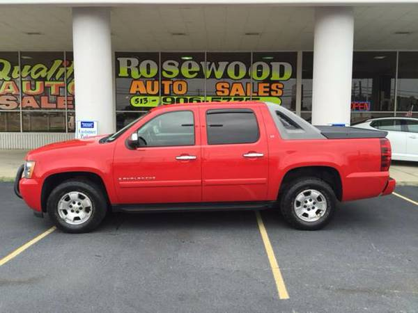 2008 Chevrolet Avalanche 4x4 LT 4dr Red & Ready!!!