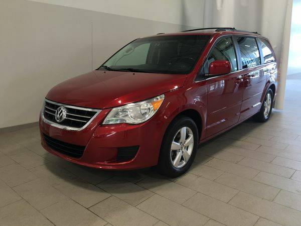 2009 *Volkswagen* *Routan* SE - Live the Dream! Call or Text