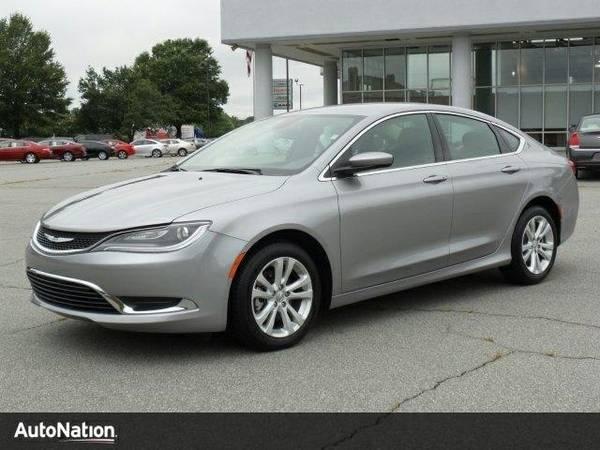 2015 Chrysler 200 Limited SKU:FN659559 Sedan